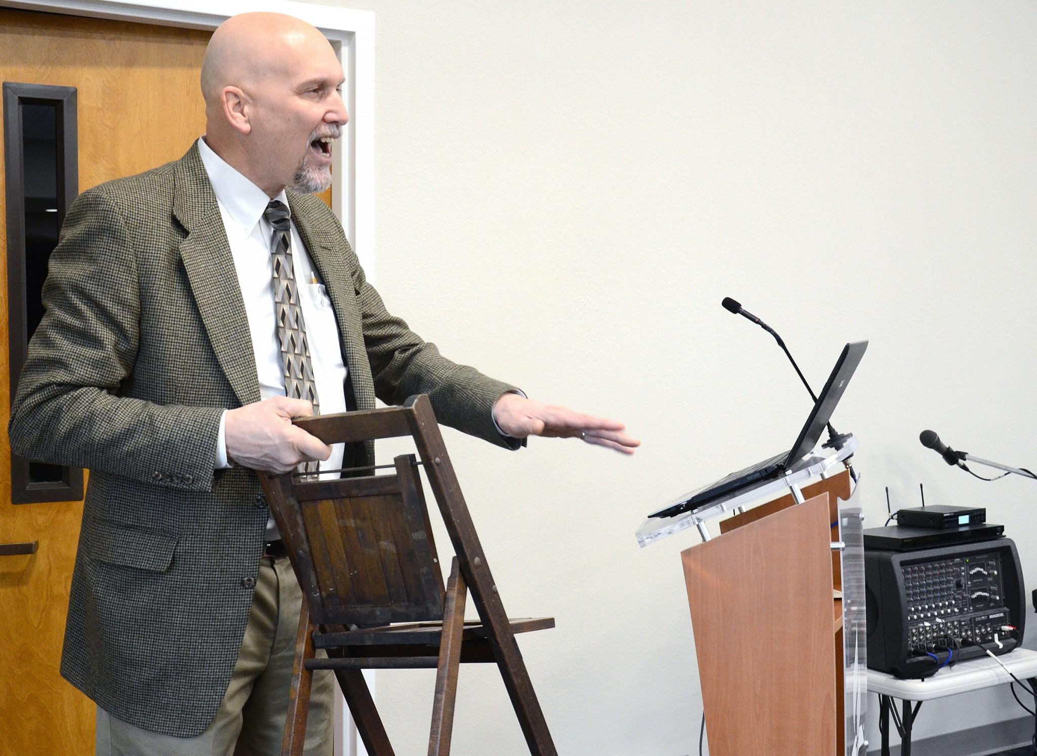 Gary Reimer was a guest speaker at the event. (Press photo by Ken Grosjean)