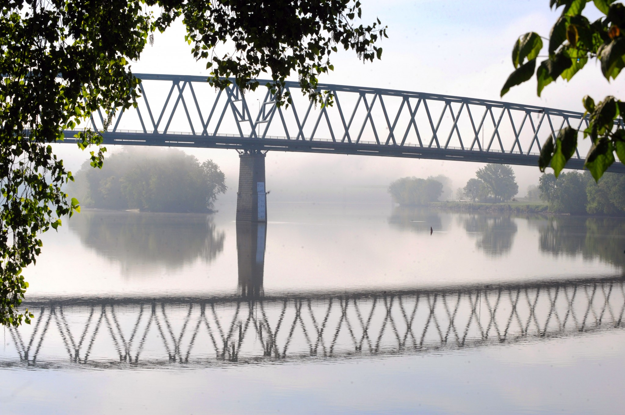 The Marietta-Williamstown bridge spans the Ohio River, affording a view of the river as well as some of the islands. (Photo by Art Weber)