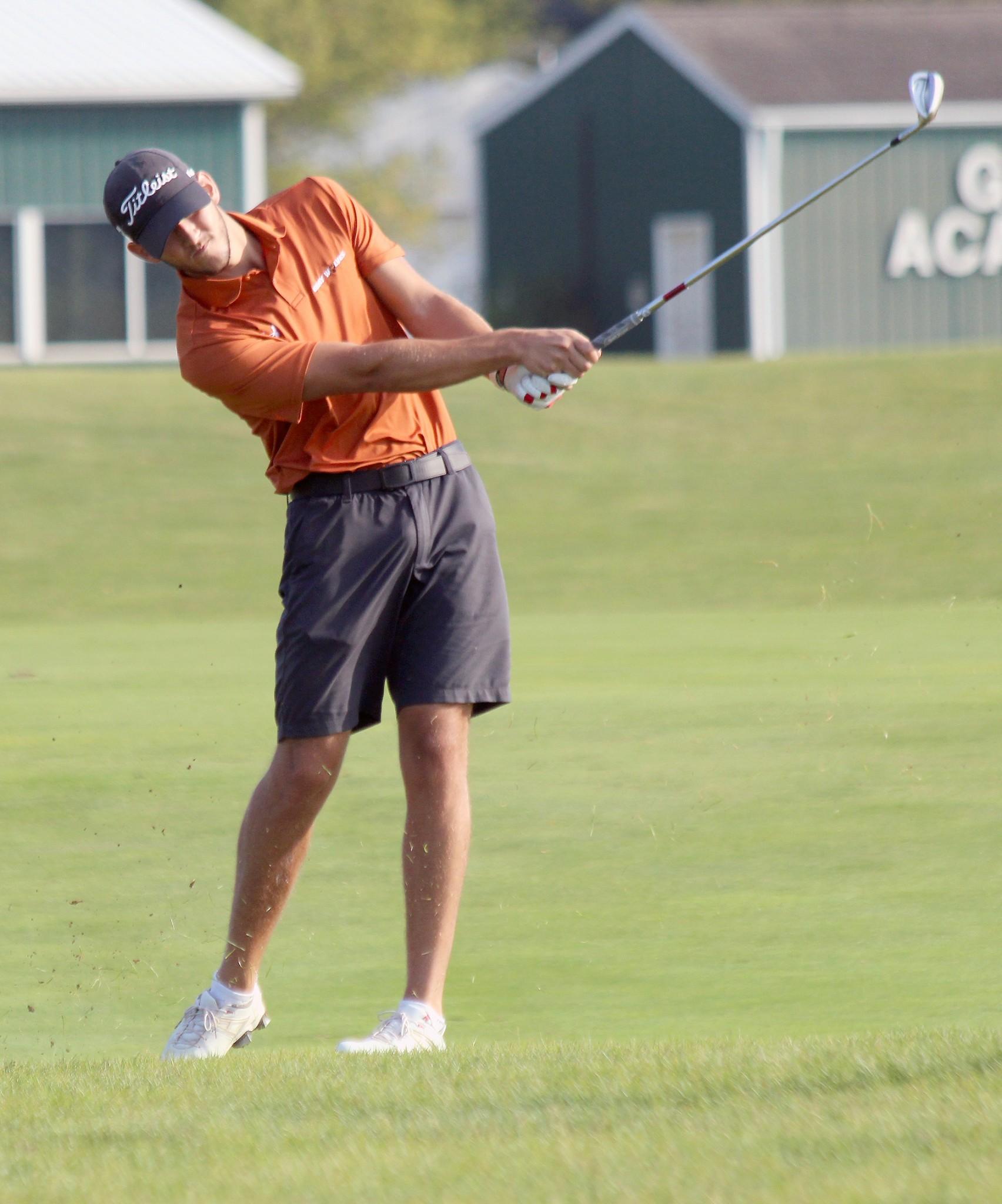 Lourdes University golfer Isaac Simmons (Genoa). (Photo courtesy Ryan Wronkowicz/Lourdes Athletics)