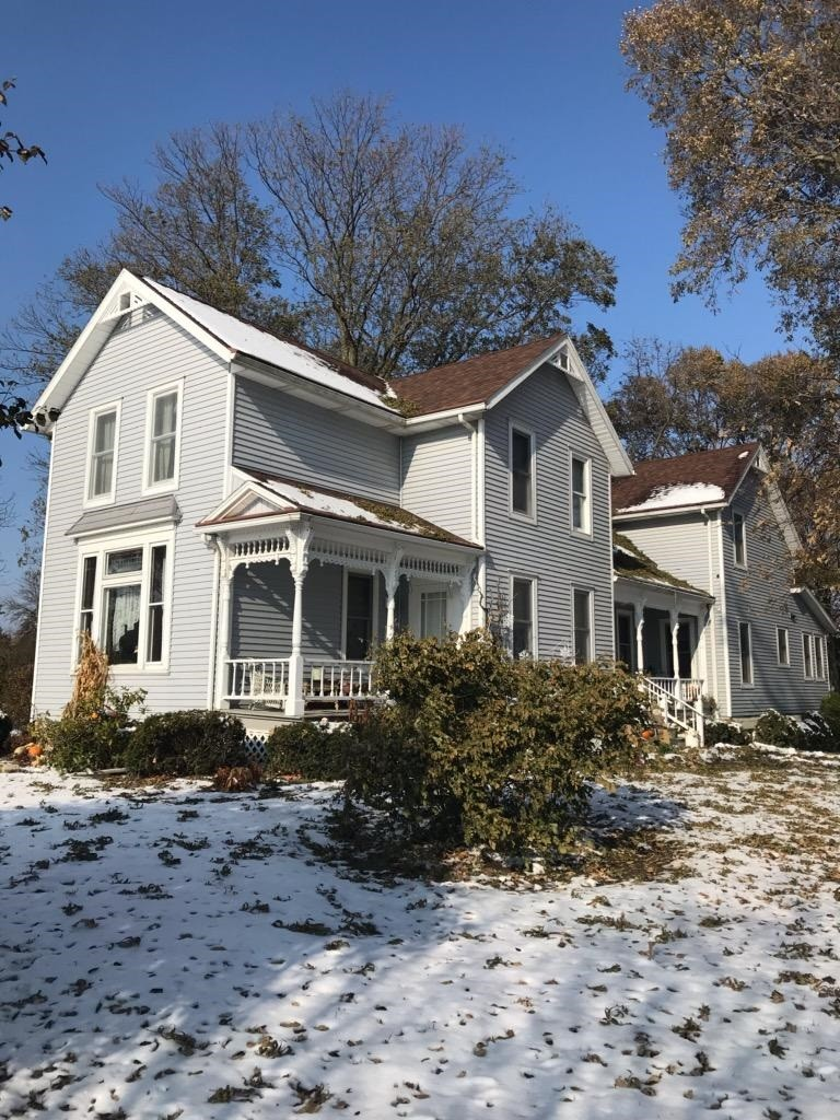 The 19th century farmhouse, owned by Barbara and William Lindeman, is among the eight Oregon-area sites to be featured in the Oregon Jerusalem Historical Society's Holiday Tour Distinctive Homes on Saturday, Dec. 7. (Submitted photo)